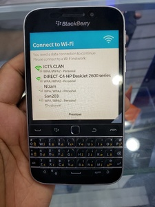 Used Blackberry classic new phone in Dubai, UAE