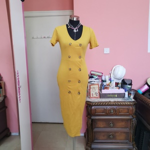 Used Yellow dress in Dubai, UAE