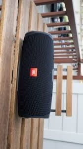 Used RED/BLACK/BLUE SPEAKER CHARGE 4 in Dubai, UAE