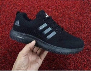 Used Adidas shoe, new, size 42 in Dubai, UAE