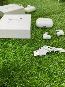 Used Airpod New vbbii in Dubai, UAE