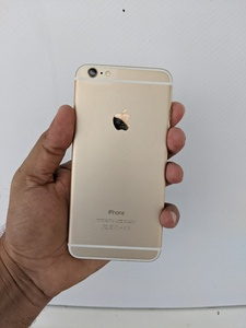 Used IPhone 6 Plus Gold 64gb Orignal in Dubai, UAE