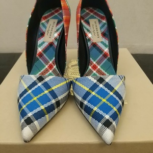 Used Burberry lady shoes .size 40 SOLD in Dubai, UAE