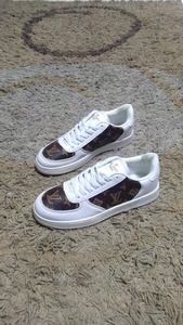 Used LV shoes size 40 new in Dubai, UAE