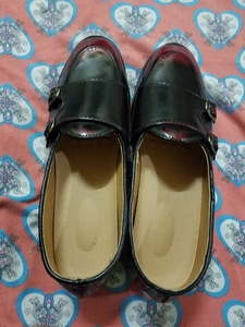 Used Men's pointed shoes in Dubai, UAE
