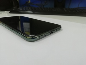 Used I Phone 11 Pro Max 256GB Midnight Green in Dubai, UAE