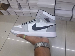 Used Nike air jordan, new, size 43 in Dubai, UAE