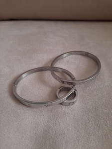Used Cartier and louis vuitton bangles& ring in Dubai, UAE