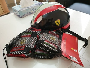 Used Kids Bike Helmet & pads in Dubai, UAE