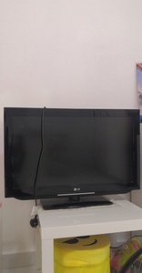 Used TV in Dubai, UAE