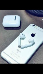 Used GEN2 APPLE AIRPODS FREE CASE WOW DEAL✅✅ in Dubai, UAE