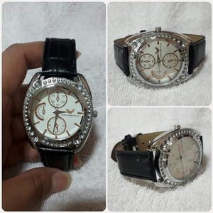 Used Brand new EMPORIO ARMAIM watch)*, in Dubai, UAE