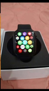 Used SERIES 6 SMARTWATCH HURRY DONT MISS.✅✅ in Dubai, UAE