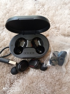 Used TRUE WIRELESS HEADSET in Dubai, UAE