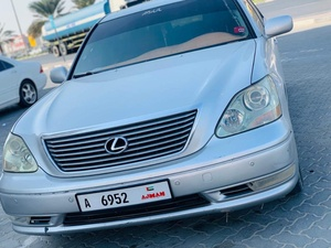Used Lexus 430 2004 model in Dubai, UAE