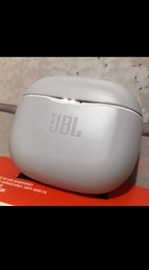Used JBL TUNE 120 .BEST DEAL CHOOSE UR COLOR✅ in Dubai, UAE