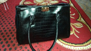 Used , beautiful bag oneday offer big size in Dubai, UAE