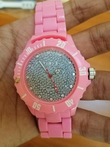 Used Women watch pink color in Dubai, UAE