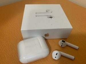 Used Apple Airpod 2 Master Copy - Free Case in Dubai, UAE