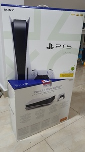 Used Sony PlayStation 5 disc edition in Dubai, UAE