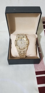 Used Luxury Fashion watch Gold in Dubai, UAE