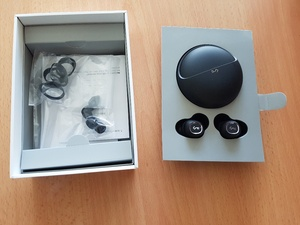 Used Wireless ear buds in Dubai, UAE