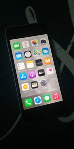 Used iPhone SE 16GB in Dubai, UAE