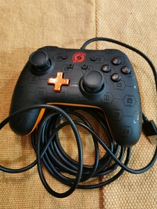 Used NINTENDO SWITCH WIRED CONTROLLER in Dubai, UAE