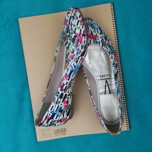 Used VIZZANO Multicolor flats eur 37 in Dubai, UAE