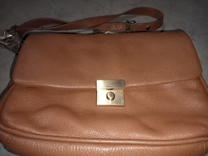 Used DKNY leather woman bag in Dubai, UAE