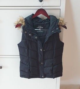 Used Vest with hood size XS/S in Dubai, UAE