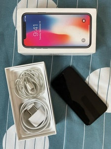 Used IPHONE X 256GB WITH FACETIME in Dubai, UAE