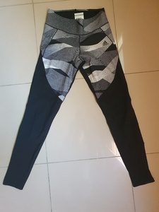 Used Adidas leggings in Dubai, UAE
