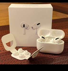 Used APPLE AIRPODS PRO PACKED NEW.❤️💯 in Dubai, UAE