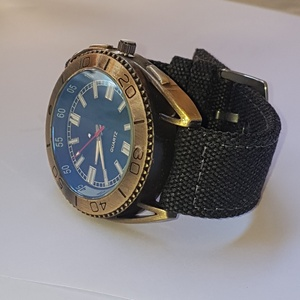 Used FABRIC NEW WATCH ELE1 in Dubai, UAE