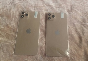 Used Golden iPhone xs mas to iPhone11 pro 1+1 in Dubai, UAE