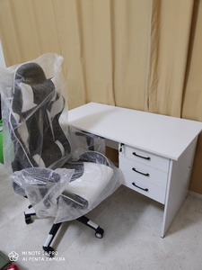 Used White Office Table with Gaming Chair in Dubai, UAE