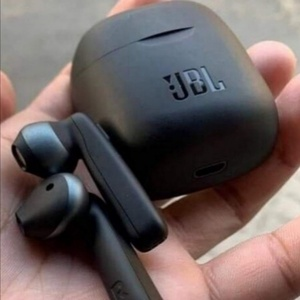 Used GET THE NEW TUNE 220 BT HEADSET in Dubai, UAE