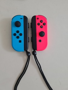 Used Joycon Controllers for Nintendo Switch in Dubai, UAE