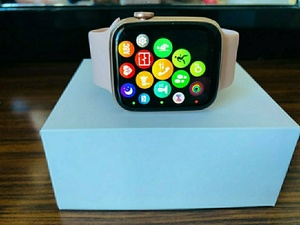Used Series 6 Apple SmartWatch W26 Black-Copy in Dubai, UAE