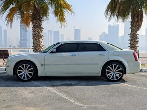 Used 2007 CHRYSLER 300C in Dubai, UAE