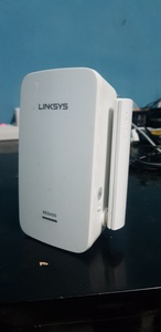 Used Linksys wifi rage extender in Dubai, UAE