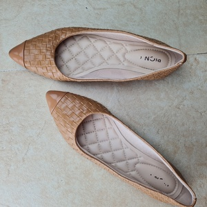 Used Authentic Moleca medical flats in Dubai, UAE