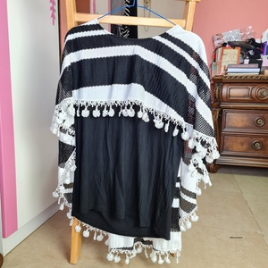 Used Large size two layers top in Dubai, UAE