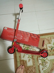 Used Kids scooter,used in Dubai, UAE