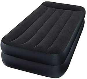 Used Air bed mattress with two pillows new in Dubai, UAE