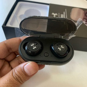 Used TWS5 Wireless Headphones in Dubai, UAE