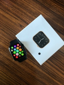 Used Series 6 Apple SmartWatch W26 Black Copy in Dubai, UAE