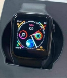 Used heart rate smart watch in Dubai, UAE