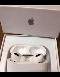 Used APPLE AIRPODS PRO PACKED NEW 💙 in Dubai, UAE